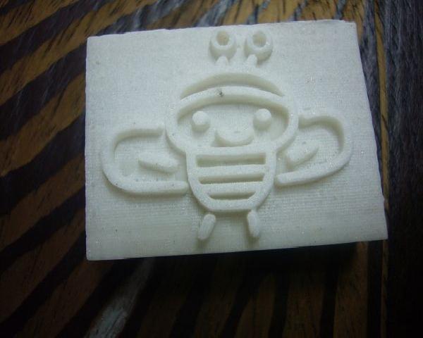品 名 100-1樹脂皂章 小蜜蜂*1